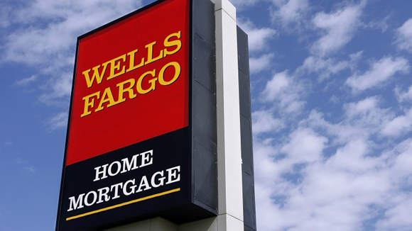 Wells Fargo Lowers Credit Score Requirements for FHA Loans
