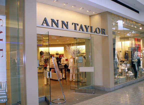 Credit Score Needed for the Ann Taylor Store Credit Card